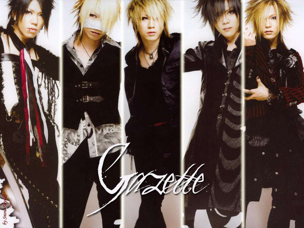 http://japanrocks.files.wordpress.com/2009/09/gazette.jpg